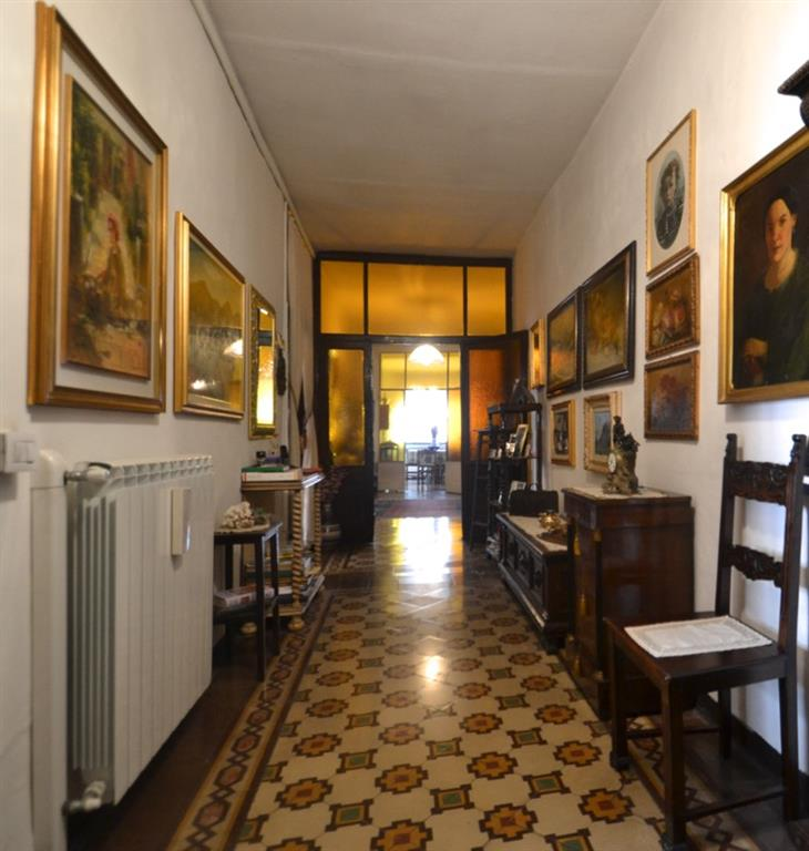 Quadrilocale, Centrale, Bergamo, abitabile