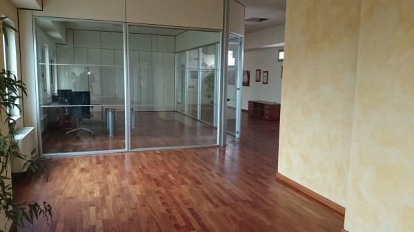 Ufficio / Studio in affitto a Assago, 9999 locali, Trattative riservate | CambioCasa.it