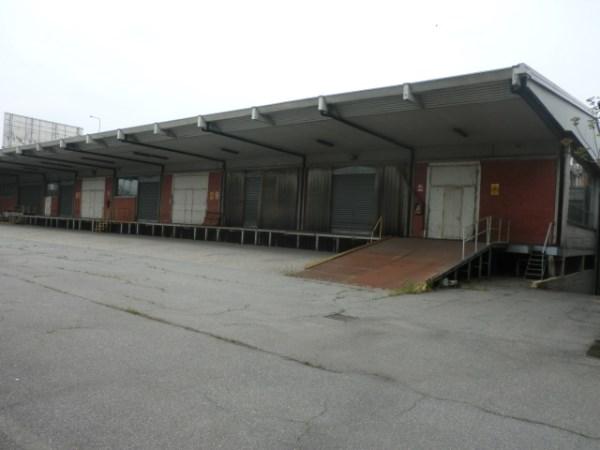 Magazzino in affitto a Milano, 9999 locali, zona Zona: 7 . Corvetto, Lodi, Forlanini, Umbria, Rogoredo, Trattative riservate | Cambio Casa.it