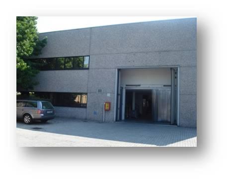 Capannone in vendita a Cesano Maderno, 9999 locali, Trattative riservate | Cambio Casa.it