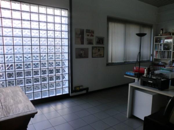 Ufficio / Studio in Vendita a Rozzano