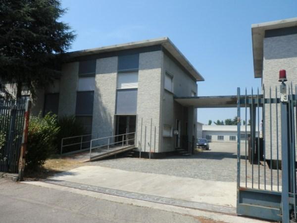 Capannone in affitto a Lacchiarella, 9999 locali, zona Località: METTONE, prezzo € 70.000 | Cambio Casa.it