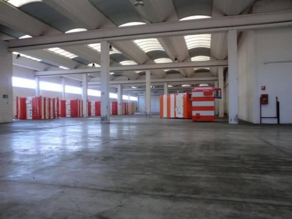Capannone in vendita a Casarile, 9999 locali, prezzo € 1.570.000 | Cambio Casa.it