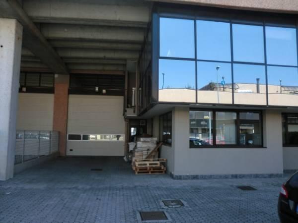 Capannone in vendita a Assago, 9999 locali, zona Località: CENTRO, prezzo € 400.000 | Cambio Casa.it
