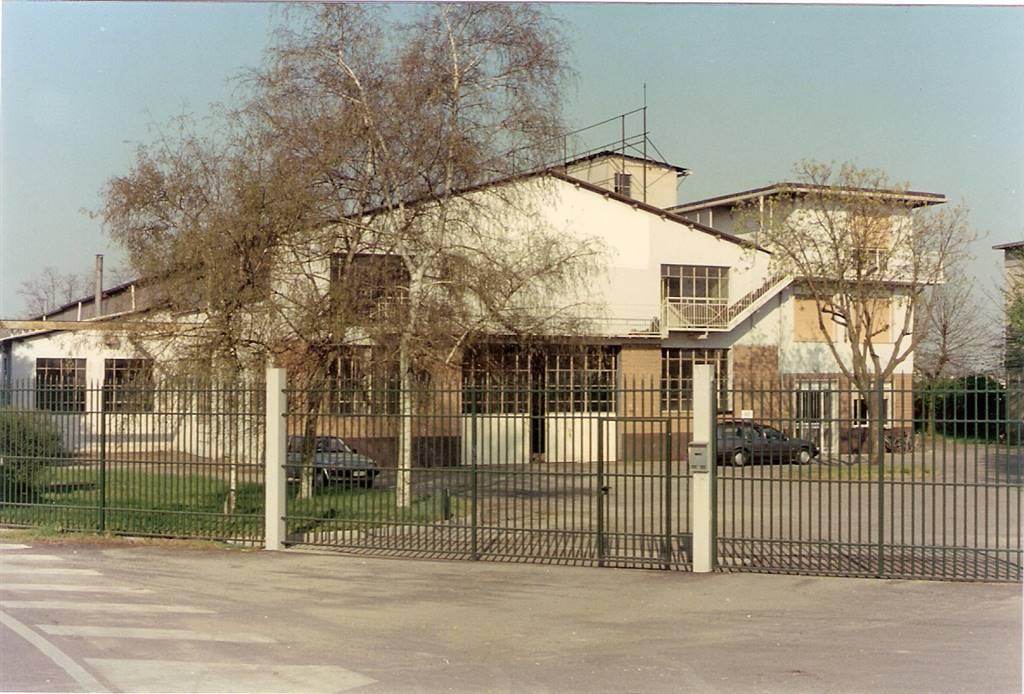 Capannone in vendita a Gropello Cairoli, 9999 locali, Trattative riservate | Cambio Casa.it
