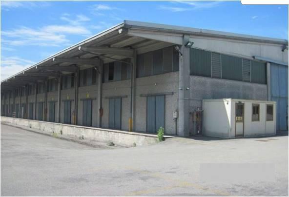 Magazzino in vendita a Cernusco sul Naviglio, 9999 locali, Trattative riservate | Cambio Casa.it