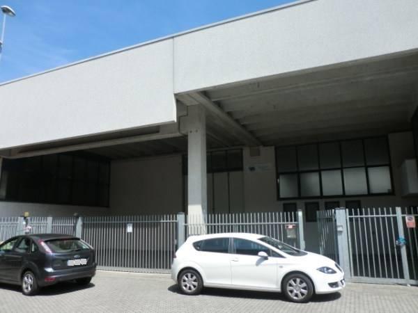 Capannone in vendita a Assago, 9999 locali, prezzo € 850.000   CambioCasa.it