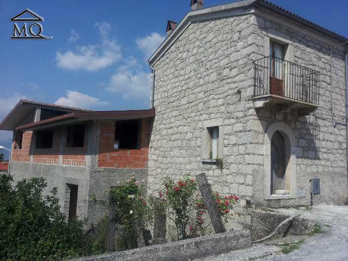 Soluzione Indipendente in vendita a Sant'Agapito, 4 locali, prezzo € 55.000 | CambioCasa.it