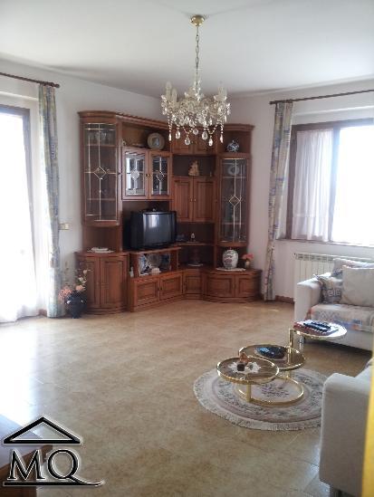 Villa in vendita a Sant'Agapito, 10 locali, prezzo € 360.000 | CambioCasa.it