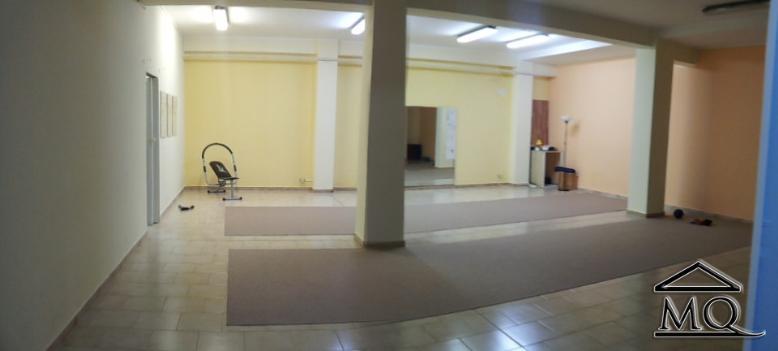 Immobile Commerciale in vendita a Isernia, 1 locali, zona Zona: Centro, prezzo € 112.000 | Cambio Casa.it