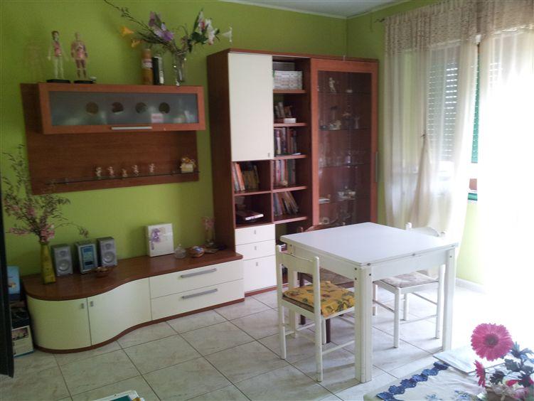 Appartamento in vendita a Montaquila, 4 locali, prezzo € 90.000 | CambioCasa.it