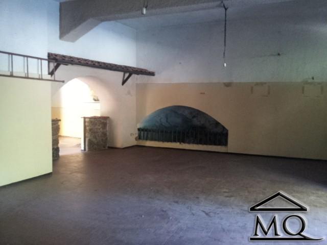 Immobile Commerciale in vendita a Isernia, 3 locali, zona Zona: Centro storico, prezzo € 150.000 | Cambio Casa.it