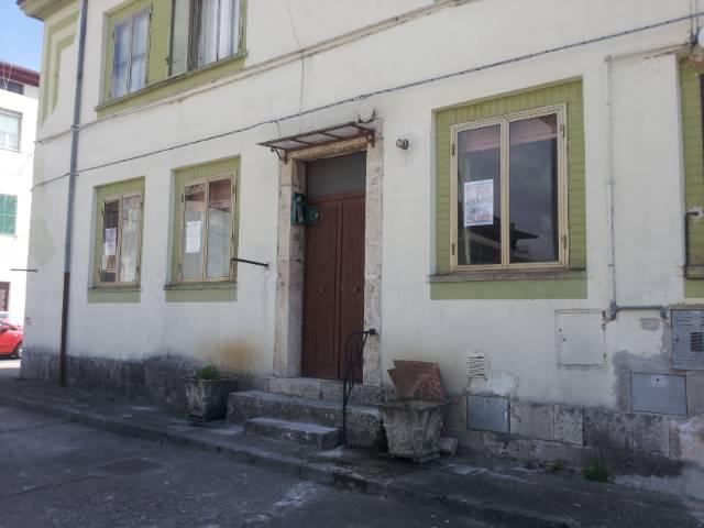 Appartamento in vendita a Isernia, 2 locali, zona Zona: Centro, prezzo € 55.000 | Cambio Casa.it