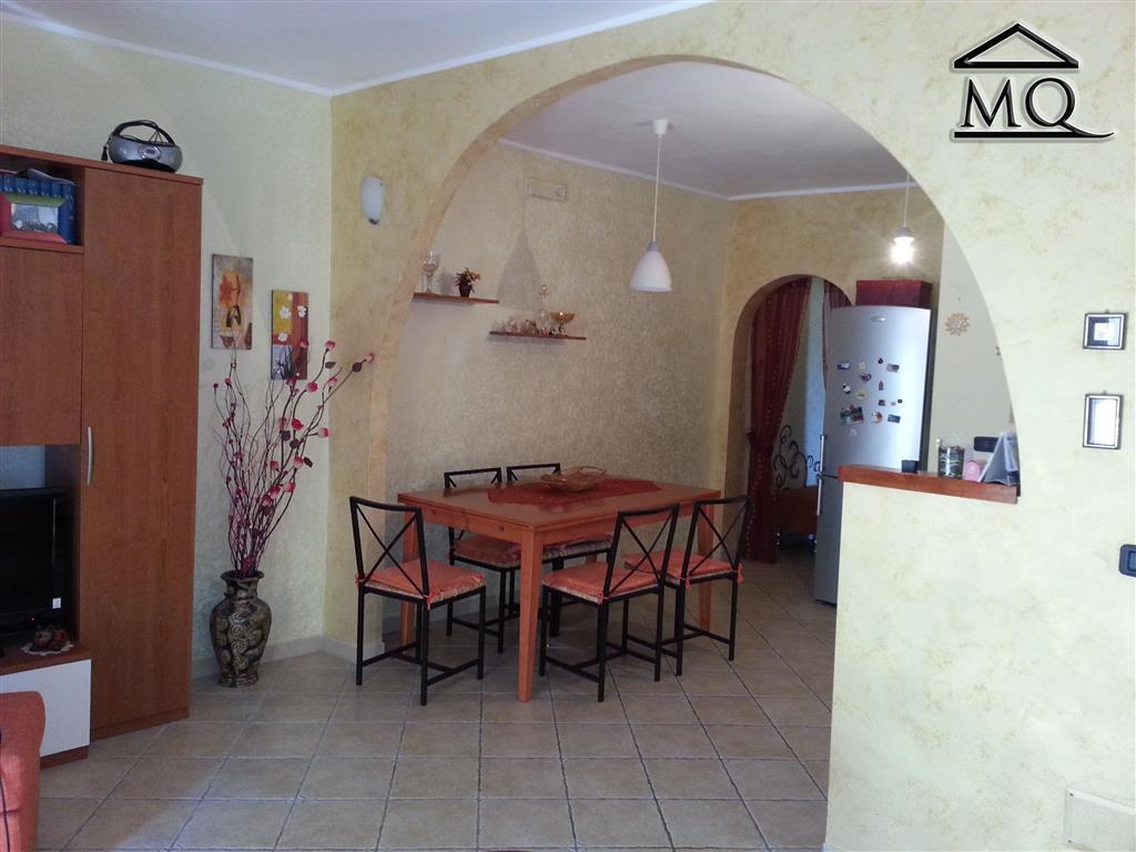 Appartamento in affitto a Isernia, 2 locali, zona Zona: Centro storico, prezzo € 320 | Cambio Casa.it