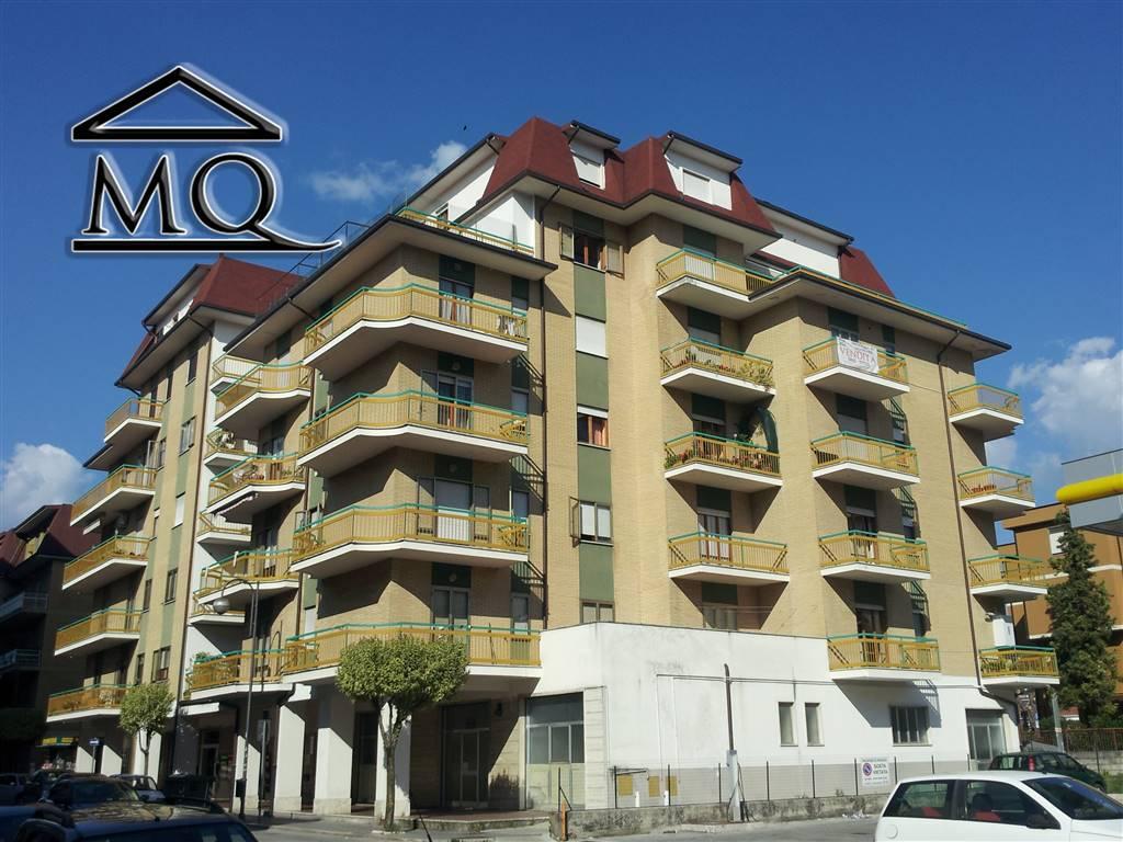 Appartamento in vendita a Isernia, 4 locali, zona Zona: Centro, prezzo € 150.000 | Cambio Casa.it