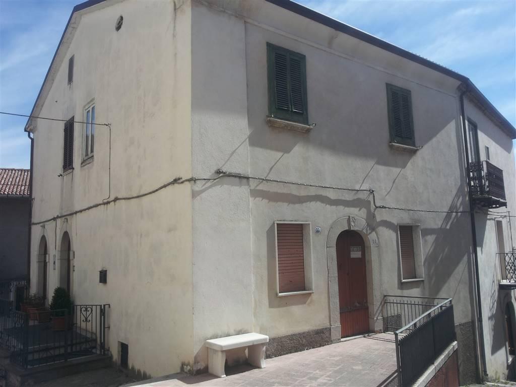 Soluzione Semindipendente in vendita a Carovilli, 4 locali, prezzo € 72.000 | CambioCasa.it