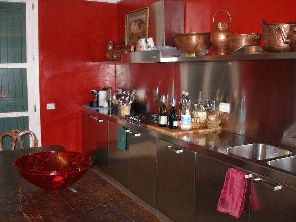 Villa in vendita a Vaiano, 7 locali, zona Zona: Schignano, prezzo € 700.000 | Cambio Casa.it