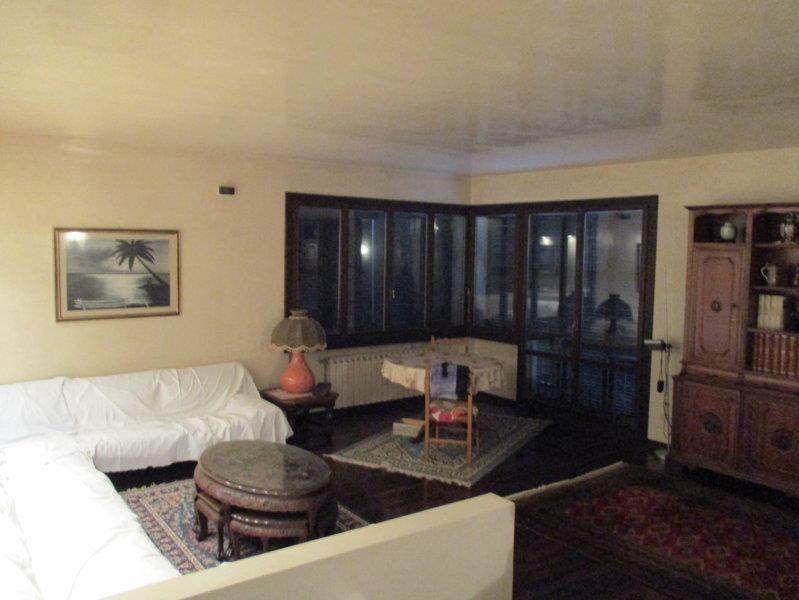 Villa in vendita a Vaiano, 10 locali, zona Zona: La Briglia, prezzo € 700.000 | Cambio Casa.it