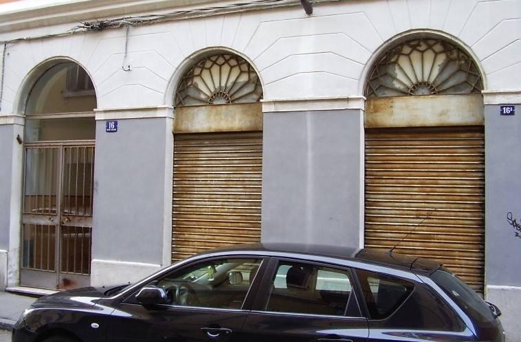 magazzino-deposito  in Vendita a Trieste