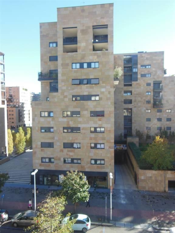 Appartamento in Affitto a Milano: 2 locali, 74 mq