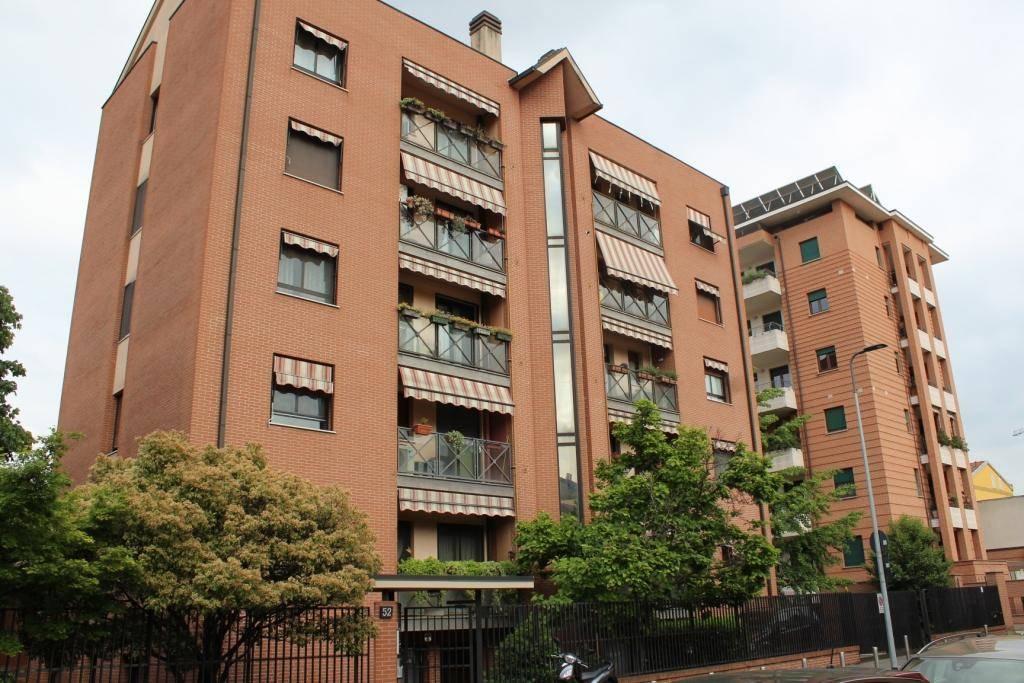 Appartamento in Affitto a Milano: 3 locali, 95 mq