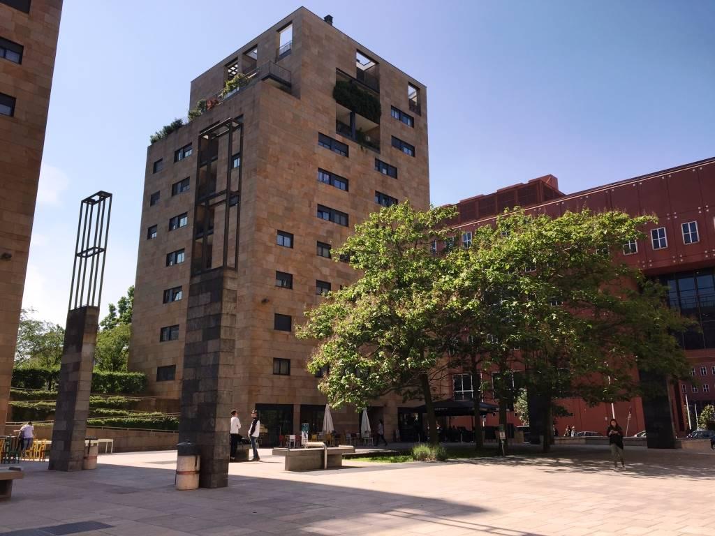 Appartamento in Affitto a Milano: 2 locali, 57 mq