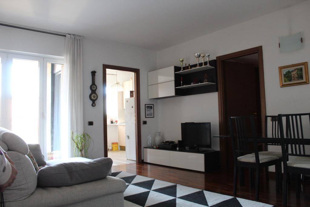 Appartamento in Vendita a Milano: 3 locali, 90 mq