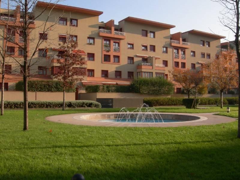 Appartamento in Vendita a Milano: 2 locali, 63 mq