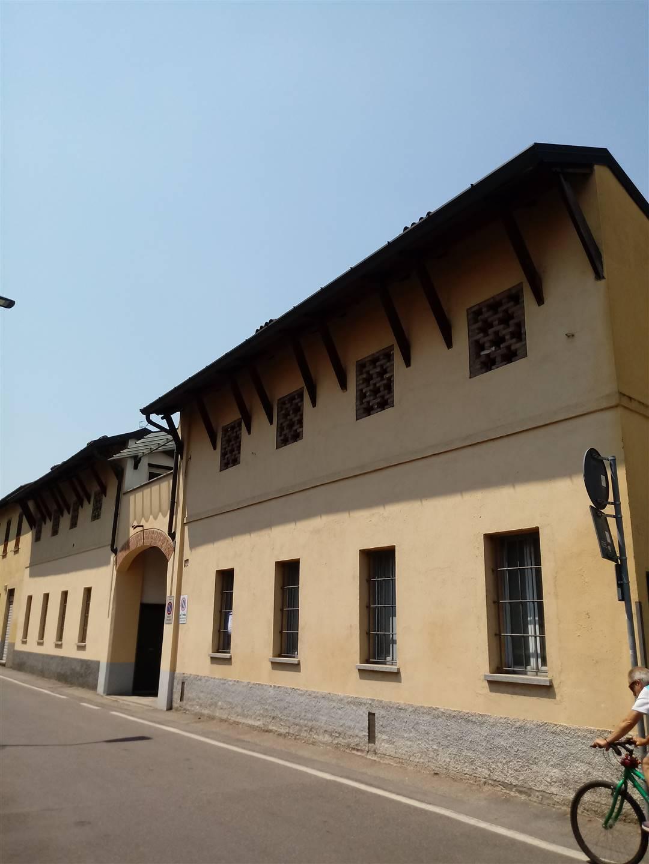 Ufficio-studio in Affitto a Milano: 4 locali, 130 mq