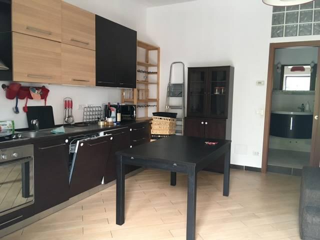 Appartamento in Affitto a Milano: 3 locali, 85 mq