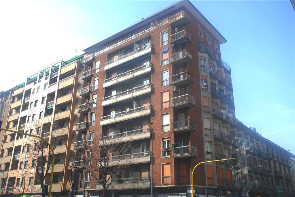 Appartamento in vendita a milano zona washington rif for Abitazioni in vendita a milano