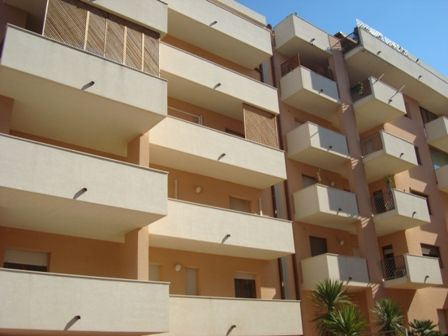 Appartamento in affitto a Marsala, 5 locali, zona Località: CENTRO, prezzo € 600 | Cambio Casa.it