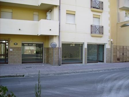 Attività / Licenza in affitto a Marsala, 1 locali, zona Località: CENTRO, prezzo € 1.600 | CambioCasa.it