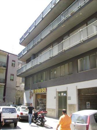 Ufficio / Studio in affitto a Marsala, 4 locali, zona Località: CENTRO STORICO, prezzo € 400 | CambioCasa.it