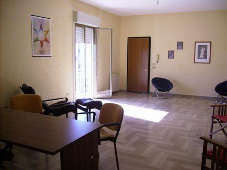 Appartamento in vendita a Marsala, 5 locali, zona Località: CENTRO, prezzo € 85.000   Cambio Casa.it
