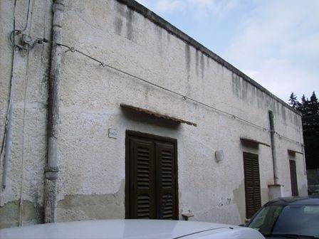 Soluzione Indipendente in vendita a Marsala, 5 locali, zona Località: LATO TRAPANI, prezzo € 80.000 | Cambio Casa.it