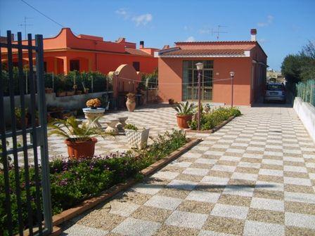 Soluzione Indipendente in vendita a Marsala, 5 locali, zona Località: LATO TRAPANI, prezzo € 170.000 | Cambio Casa.it
