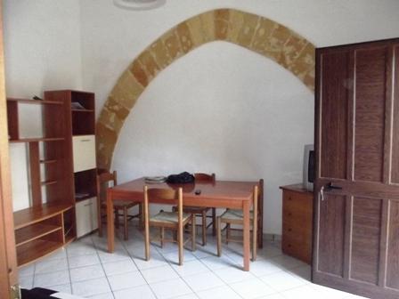 Soluzione Indipendente in affitto a Marsala, 3 locali, zona Località: CENTRO, prezzo € 300 | Cambio Casa.it