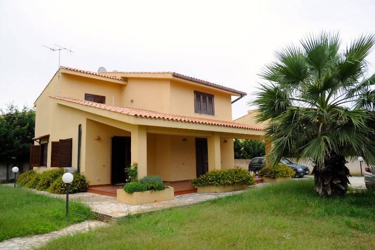 Villa in affitto a Marsala, 5 locali, zona Località: LATO MAZARA, prezzo € 1.000 | Cambio Casa.it