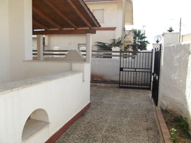 Soluzione Indipendente in affitto a Marsala, 5 locali, zona Località: MARE, prezzo € 500 | Cambio Casa.it