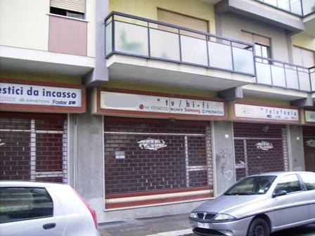 Negozio / Locale in affitto a Marsala, 1 locali, zona Località: CENTRO STORICO, prezzo € 2.000 | CambioCasa.it