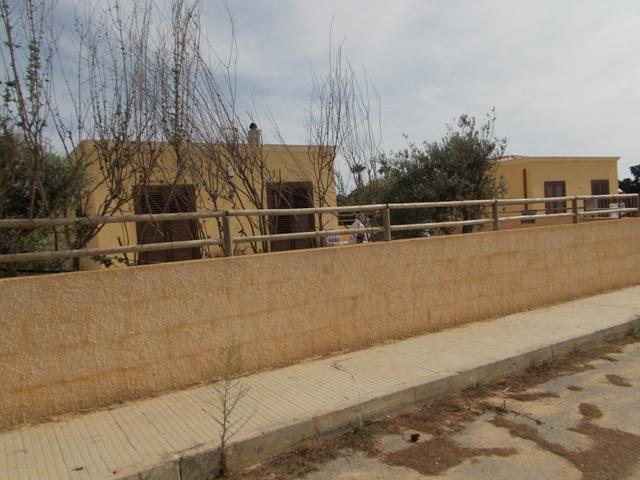 Villa in vendita a Marsala, 3 locali, zona Località: MARE, prezzo € 160.000 | CambioCasa.it