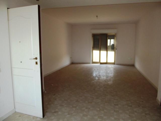 Appartamento in affitto a Marsala, 4 locali, zona Località: CENTRO, prezzo € 370 | CambioCasa.it