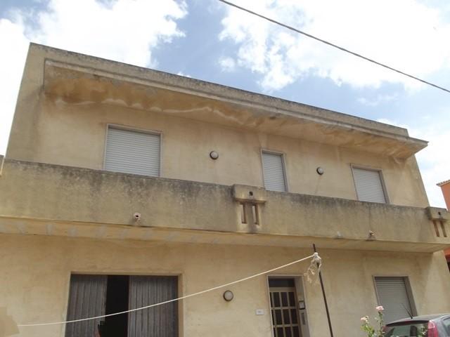 Soluzione Indipendente in vendita a Marsala, 6 locali, zona Località: LATO MAZARA, prezzo € 150.000 | Cambio Casa.it