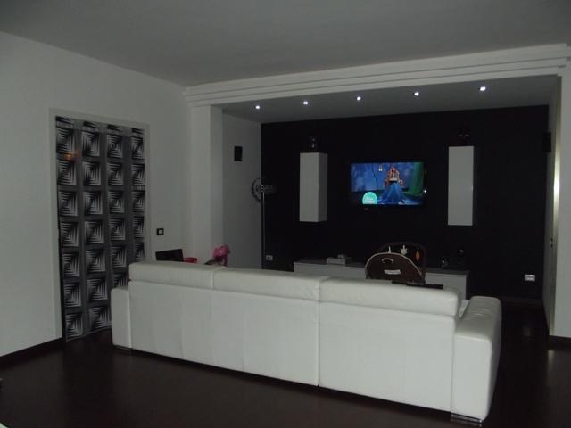 Appartamento in vendita a Marsala, 5 locali, zona Località: CENTRO, prezzo € 115.000 | Cambio Casa.it