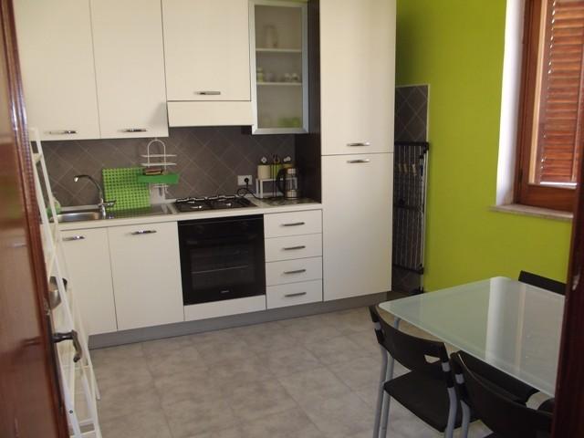 Soluzione Indipendente in affitto a Marsala, 5 locali, zona Località: CENTRO STORICO, prezzo € 500 | Cambio Casa.it