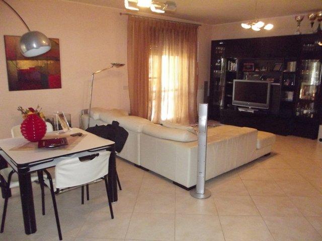 Soluzione Indipendente in vendita a Marsala, 4 locali, zona Località: LATO MAZARA, prezzo € 110.000 | CambioCasa.it
