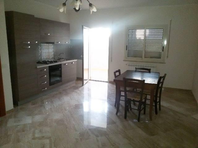 Appartamento in affitto a Marsala, 2 locali, zona Località: LATO TRAPANI, prezzo € 350 | Cambio Casa.it