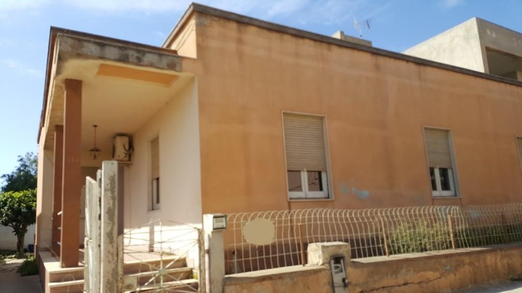 Soluzione Indipendente in vendita a Marsala, 5 locali, zona Località: LATO MAZARA, prezzo € 120.000 | Cambio Casa.it