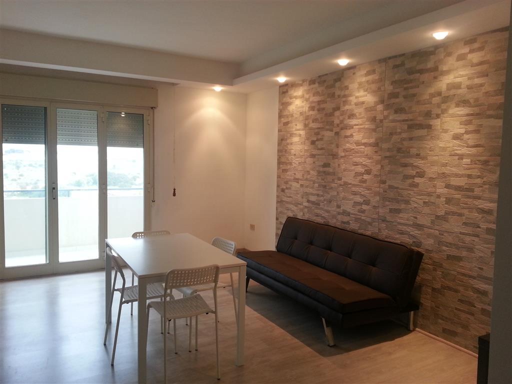 Appartamento in affitto a Marsala, 2 locali, zona Località: CENTRO, prezzo € 300 | Cambio Casa.it